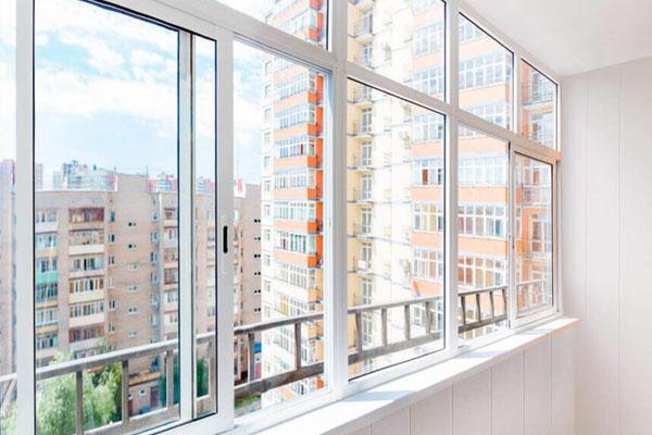 Балкони, лоджії та фасади